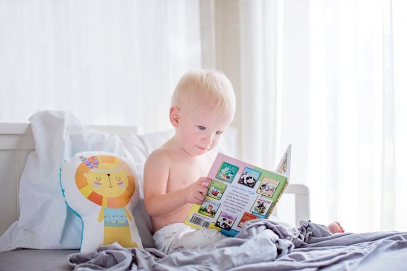 揭秘宝宝手抖动是什么原因宝宝手抖是不是癫痫